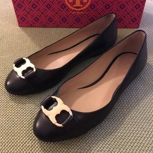 Tory Burch Shoes - Tory Burch Gemini black flats Sz 8 w/ box